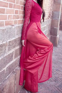 Untitled Long Dress Fashion, Indian Fashion Dresses, Indian Designer Outfits, Designer Dresses, Fashion Outfits, Vietnamese Traditional Dress, Vietnamese Dress, Traditional Dresses, Stylish Dress Designs