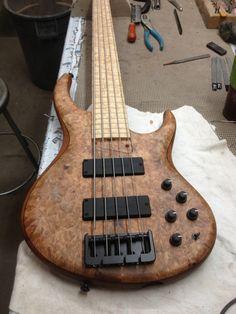 MTD 5 string bass Bass Guitar Pickups, Bass Guitar Chords, Guitar Chord Chart, Guitar Amp, Cool Guitar, Acoustic Guitar, Bass Guitars, Ukulele, Violin