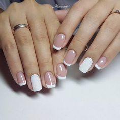 Easy nail art design ideas to try - pretty nail polish inspiration. If you're bored of your classic, monotone nail color and want to try out something pretty these Easy nail art design ideas to try. Manicure And Pedicure, Gel Nails, Acrylic Nails, Gradient Nails, Holographic Nails, Stiletto Nails, Coffin Nails, Nail Polish, Latest Nail Designs