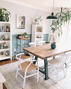 Boho Dining Room, Small House Interior, Apartment Room, Home, Apartment Dining Room, Apartment Living Room, Dining Room Small, Appartment Decor, House Interior