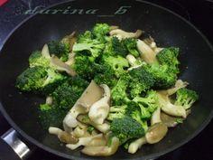 Brokolicovo-hlivové karí (fotorecept) - obrázok 4 Broccoli, Vegetables, Food, Meal, Essen, Vegetable Recipes, Hoods, Meals, Eten