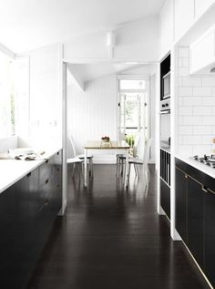 floors-gulve-sort-sorte-maling-gulvmaling-indretning-koekken
