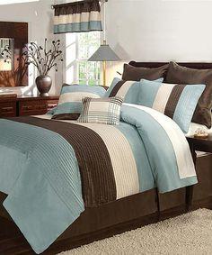Aqua Essex Comforter Set