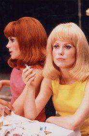 Portreit of Catherine Deneuve and Françoise Dorléac for the film Les Demoiselles de Rochefort directed by Jacques Demy, France,  1966, by Hélène Jeanbrau