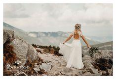 Greenery, Wreaths, Wedding Dresses, Hair, Bride Dresses, Bridal Gowns, Door Wreaths, Weeding Dresses, Wedding Dressses