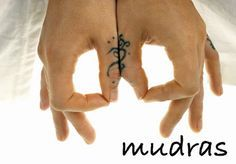 Mudras, su significado, propiedades y ejecución