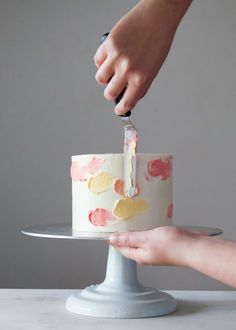 How to make a watercolor cake + video. #daintyhooligan
