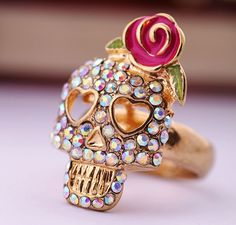 Cool Pave Skull Rose Cocktail Ring