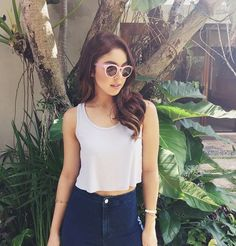10 Celebrity-Approved Ways To Wear Your Blue Jeans Julia Baretto, Filipina Actress, Instagram Challenge, Celebs, Celebrities, Girl Crushes, Style Icons, Beautiful People, Actresses