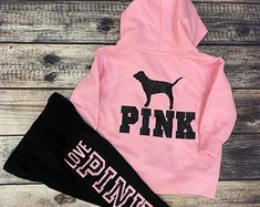 Baby Pink Clothes, Cute Baby Girl Outfits, Toddler Girl Outfits, Baby Girl Nike, Baby Girl Shoes, Vs Pink Outfit, Pink Outfits, Aeropostale Outfits, Fluffy Slides