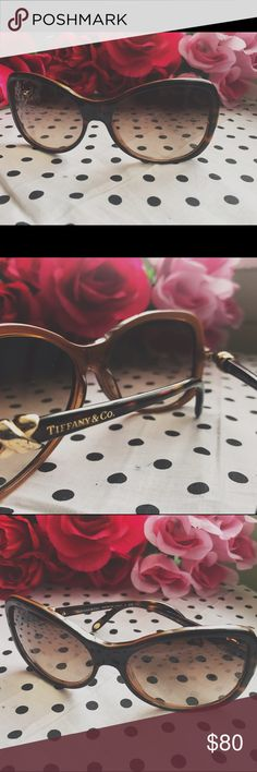 🛍 Authentic Tiffany & Co brown sunglasses ✨ to purchase • www.revampdlife.com  Authentic brown Tiffany & co. Sunglasses. Rutgers are in good condition, I have had them for a while but NEVER wear them. They are guaranteed authentic as I purchased from a licensed reseller. I do not have the box or cloth they came with unfortunately but I will make sure they are wrapped safely to send! Retail for $250.  #tiffany #tiffany&co #authentic #brown #shades #sunnies #sunglasses #nyc #beach #summer…