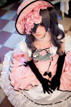 Ciel Phantomhive from Black Butler cosplay; Ciel's dress is so pretty...if only it were blue I would totally wear it.