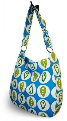 Hobo Bag – Free Pattern | PatternPile.com einfach schön mit kleiner Schleife am Träger:
