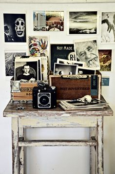 eclectic home office by Lola Nova Old Cameras, Vintage Cameras, Cool Things To Make, Old Things, Lovely Things, Vintage Lanterns, Displaying Collections, Home Office Design, Simple Pleasures