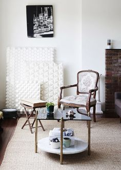 A classic Queenslander is cleverly updated by Brisbane architectural firm Vokes and Peters. Interior Blogs, Architectural Firm, New York Homes, Queenslander, Australian Homes, The Design Files, Wishbone Chair, First Home, Credenza