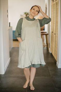 Linen pinafore apron, Japanese style apron, Cross back linen apron, Pinafore apron with pockets, Apr Japanese Apron, Japanese Style, Pinafore Apron, White Linen Shirt, Linen Apron, Scarf, Apron Pockets, Apron Dress, Natural Linen
