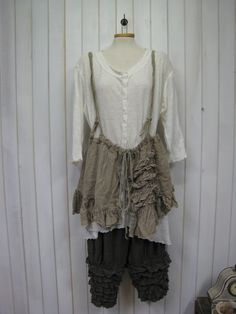 Auctiva Image Hosting Art Smock, Gypsy Rose, Romantic Look, Fabric Art, Smocking, Layers, Ballet Skirt, Couture, Boho