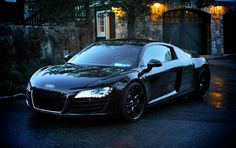 Audi R8. I WANT THIS CAR SO FREAKING BAD.
