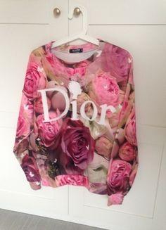 Kaufe meinen Artikel bei #Kleiderkreisel http://www.kleiderkreisel.de/damenmode/pullis-and-sweatshirts-hoodies/97786946-dior-pullover-pink-blumen-damen