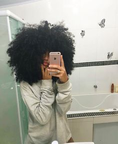 New hair black curly afro Ideas Pelo Natural, Natural Hair Tips, Natural Hair Styles, Afro Hair Natural, Black Girls Hairstyles, Afro Hairstyles, Scene Hair, Pelo Afro, Curly Afro