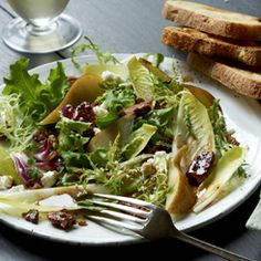 Panera Bread recipe for Pear and Endive salad with Pecans and Goat Cheese... my sister will like this
