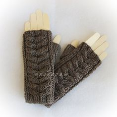 Crochet WOOL BLEND Modified Staghorn Cable Fingerless by R0SEDEW
