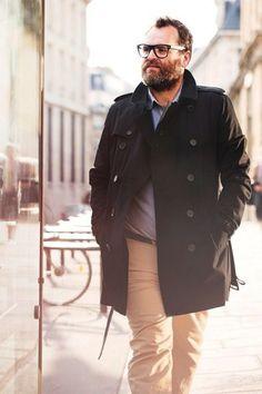 Tu mejor accesorio es una chamarra cool.   18 Trucos de estilo que todos los hombres con pancita deben conocer