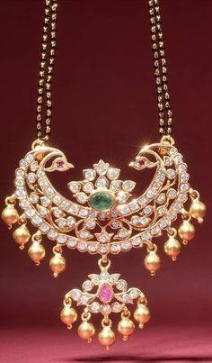 Indian Wedding Jewelry, Indian Jewelry, Bridal Jewelry, Beaded Jewelry, Emerald Jewelry, Gold Jewellery, Diamond Jewelry, Stylish Jewelry, Fashion Jewelry
