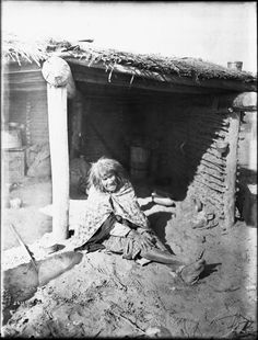 Mojave Indian woman sitting on the ground under a ramada, or open thatch-covered shelter, Native American Photos, Native American Women, Native American History, Native American Indians, Native Americans, American Art, Turtle Images, First Nations, The Guardian