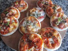 Mini Pizza Péperoni et Mozarella Mozarella, Mini Pizza, Cake, Healthy Eating, Eggs, Breakfast, Food, Salty Tart, Pies