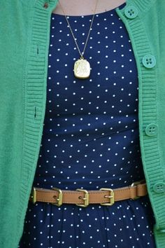 I just purchased this dress! Eould never have thought to pair with green!