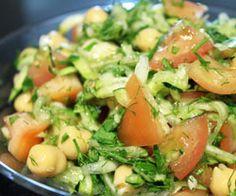 Kikærtesalat opskrift - Madkogebogen