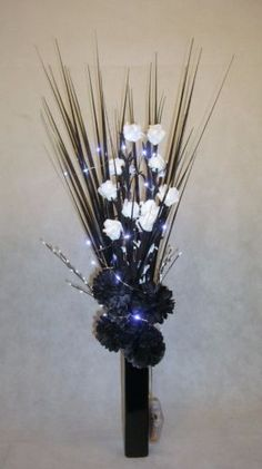 Black-White-flowers-amp-FREE-vase-FREE-20-LED-lightsGift-weddings-lounge-dining