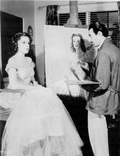 Judy Garland having her portrait made. Old Hollywood Stars, Golden Age Of Hollywood, Vintage Hollywood, Classic Hollywood, Harvey Girls, American Legend, Golden Star, Judy Garland, Wizard Of Oz
