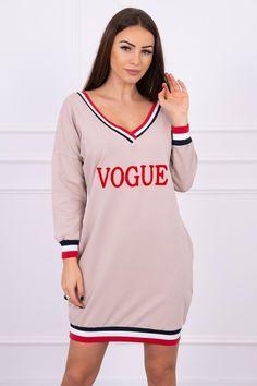 Športové šaty na voľný čas Vogue s v-čkovým výstrihom Vogue, Sports, Tops, Fashion, Hs Sports, Moda, Fashion Styles, Sport, Fashion Illustrations