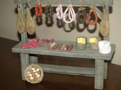 Rustic Christmas Ornaments, Vitrine Miniature, Miniature Food, Decoration, Dollhouse Miniatures, Egyptian, Cribs, Entryway Tables, Dolls