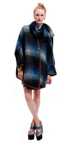 obsessed with this new designer SUNO based out of NYC who use vintage Kenyan textiles. LOVE!