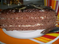 Best chocolate mousse filling for cake Yummy Food, Tasty, Banana Bread, Food And Drink, Pudding, Meals, Chocolate, Cooking, Desserts