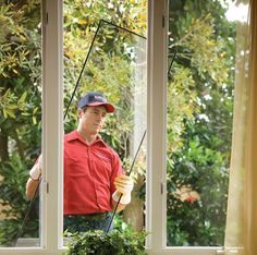 We do residential window glass repair and replacement.