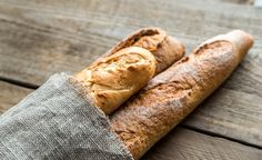 stokbrood French Bread Loaf, Homemade French Bread, Baguette Bread, French Baguette, Low Carb Backen, Money Saving Meals, Creamy Pasta, Garlic Bread, Yummy Appetizers