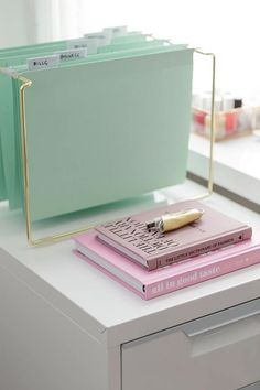 Mint green and baby pink? Two of our favorite colors! Pretty chic home office workspace inspiration ideas. White, pink, mint, and gold office inspiration. Mint Green Decor, Green Home Decor, Bright Green, Bright Colors, Apartment Office, Office Workspace, Apartment Design, Office Spaces, Work Spaces