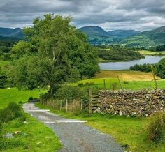 Hawkshead to Wray Castle, Lake District-England. British Countryside, Country Scenes, Lake District, Landscape Photos, Belle Photo, Beautiful Landscapes, Places To See, Nature Photography, Beautiful Places