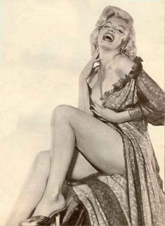 It's the way Marilyn Monroe carried herself that made her so beautiful.