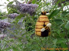 Sommer - Bienenkorb gefilzt Biene Wald Wiese - ein Designerstück von filz-fussel-werkstatt bei DaWanda