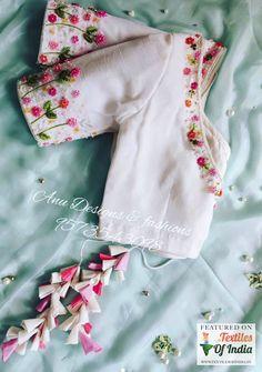 Simple Blouse Designs, Saree Blouse Neck Designs, Stylish Blouse Design, Choli Designs, Wedding Silk Saree, Blouse Models, Miroslava Duma, Designer Sarees, Neck Collar