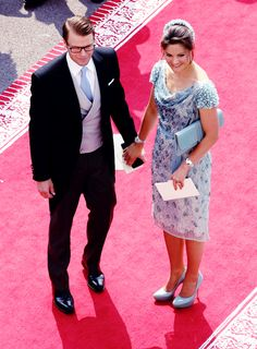 kronprinsessa:  Prince Daniel and Crown Princess Victoria at the wedding of Prince Albert and Princess Charlene of Monaco, 2011