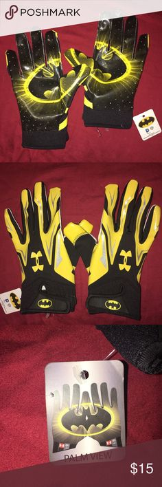 Under Armour Youth Batman Baseball Batting Gloves Under Armour Youth Alter Ego Batman Baseball Batting Gloves.  Synthetic leather Palm uses Under Armour Grabtack to increase durability and grip. Heat gear on back of hand wicks sweat, dries fast & adds 4-way stretch.  Elastic cuff provides additional wrist support and a locked-in fit.  NWT Under Armour Other