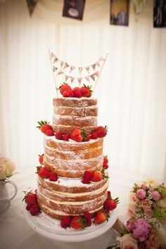 The Beauty Of The Naked Wedding Cake