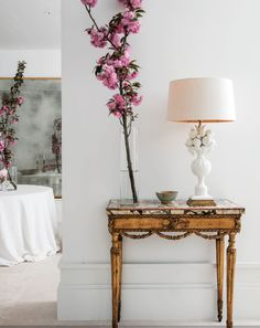 Palate Cleanser | La Dolce Vita - Miguel García de Valcárcel  The entire apartment is done in crisp white and light neutrals