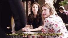 Lucy Hale (Aria Montgomery) , Troian Bellisario (Spencer Hastings) , & Ashley Benson (Hanna Marin) - Pretty Little Liars